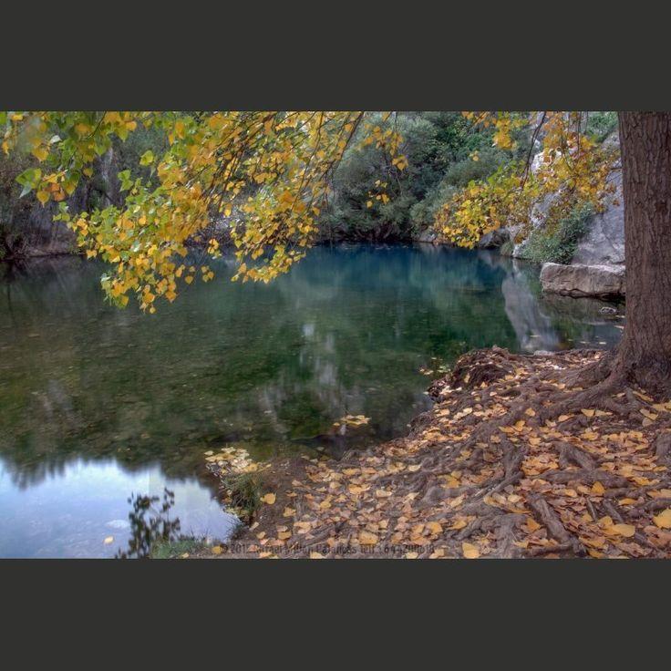 Paisaje Otoñal Cueva del Gato. #paisaje #otoño