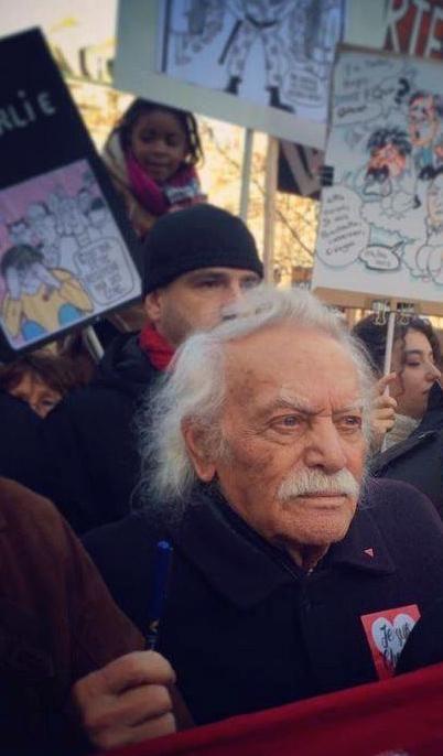 #CharlieHebdo Manolis Glezos à la marche (photo Stéphane Burlot @Stef_Burlot)…