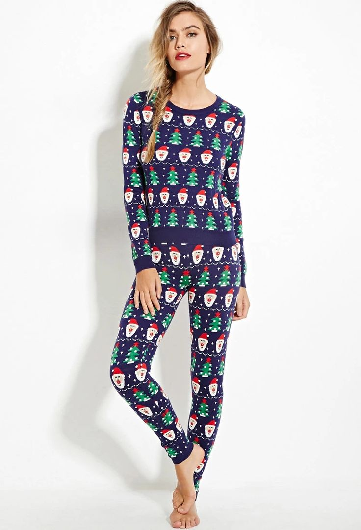 Santa-Patterned Leggings | Forever 21 #foreverfamily