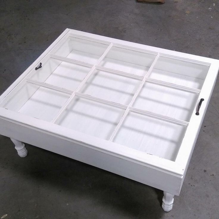 Beautiful 9 pane shadow box coffee table!! Great for all your collectibles! Show them off!!!