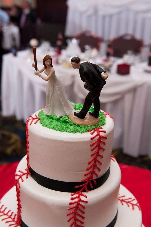 wedding cakes for two grooms 1000 ideas about baseball grooms cake on 24385