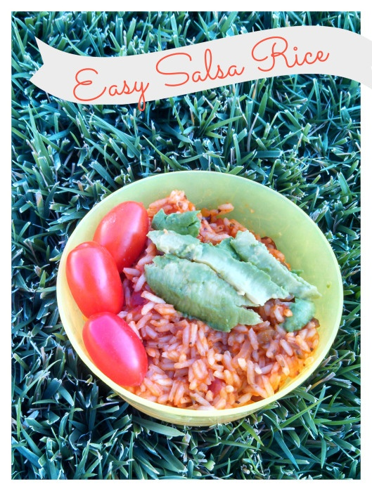 Easy Salsa Rice- a great way to pack in some veggies #salsa #rice #easymeals