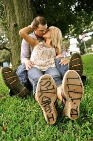 such a cute idea for engagement photos!!