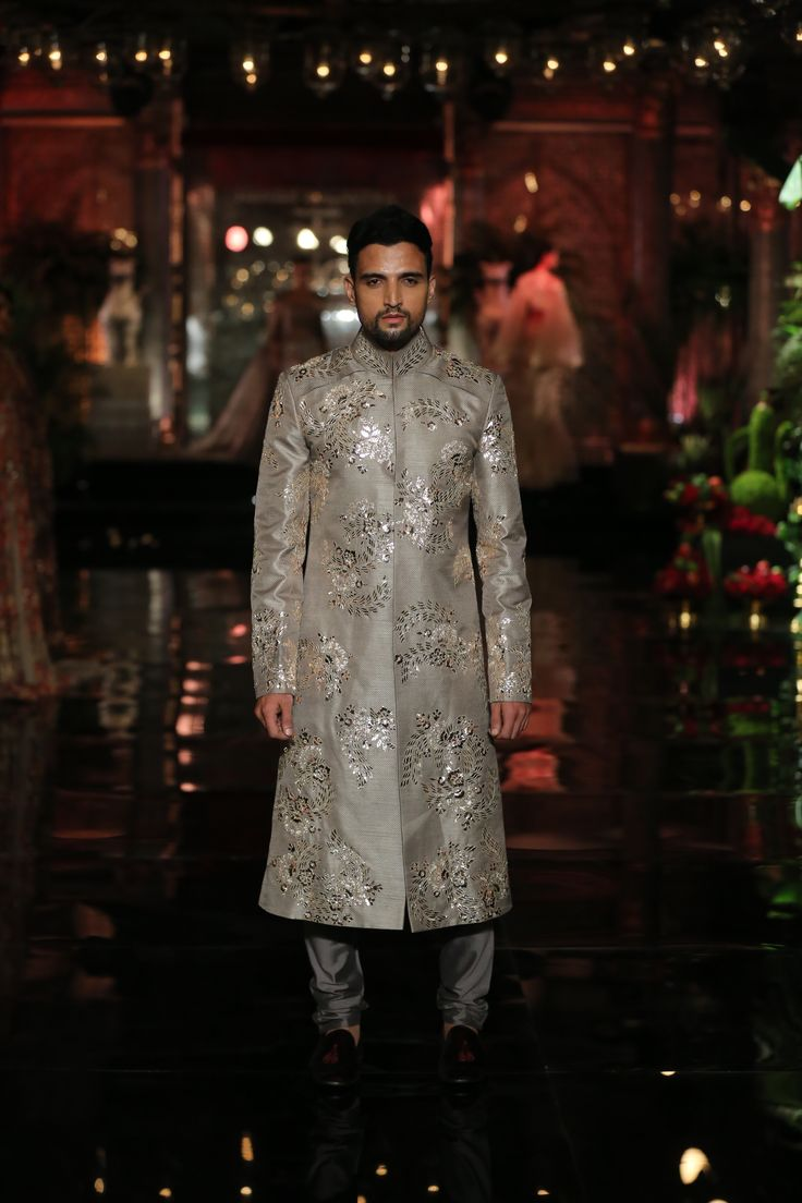 #Couture#Metallics#Sherwani#Grandiose#Timeless#Menswear#Couture