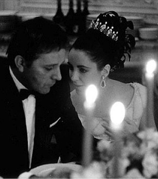 Elizabeth Taylor and Richard Burton (oh, to have a passionate love such as theirs...passionate with lots of jewelry...)