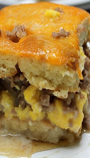 Breakfast Lasagna Recipe ~ All of your favorite breakfast dishes in one. Layers of pancakes, eggs, sausage and maple béchamel, making this the most amazing lasagna you will ever eat.