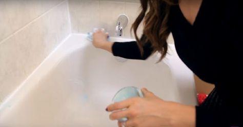 Vždy som mala špinavú kúpeľňu, ktorá nám smrdela. Normálne čističe nezaberali. Kamarátka mi poradila ale trik, ktorý funguje   Chillin.sk