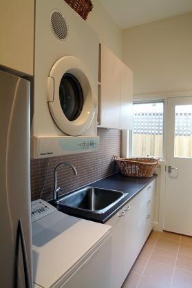 Laundry Design Ideas by Jagant Interiors Pty Ltd