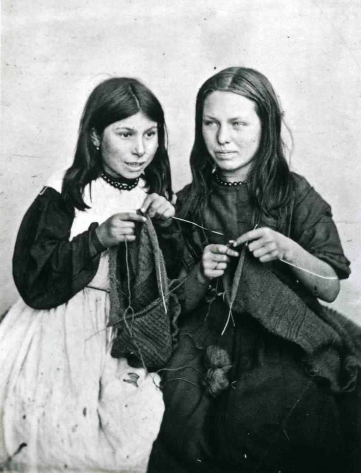 "Two ""contract knitters"" -- Mary Jane Langmaid & Ann Elizabeth Jolliff by Lewis Harding (1870) See the article at click and also the one at http://theknittinggenie.com/2011/10/11/leitmotifs-motifs-and-sharks/?like=1  A contract knitter who worked fast enough could make more than a house servant, without leaving her home and family."