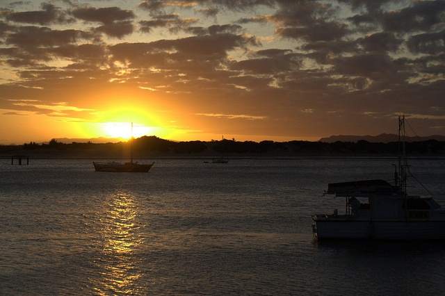Sunset in Cooktown, Australia - loved this view.Favorite Places, Places I D, Queensland Australia, Cooktown Sunsets, View, Things, Sunrise Sunsets, Australian Sunsets