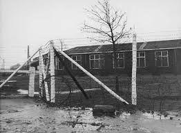 Hier zie je kamp Westerbork het tussenstation naar anderen concentratiekampen.