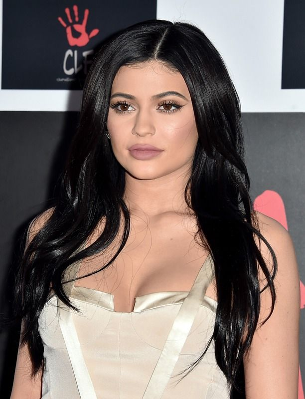 Kylie Jenner's Best 2015 Makeup Looks Prove She's The Modern Queen Of Beauty —…