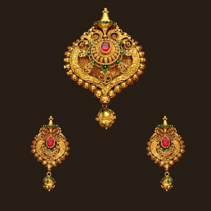 Gold Antique Pendant Set (109A30218-108A45061) | Vummidi Bangaru Jewellers