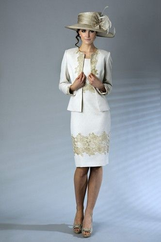 A truly classic mother of the bride outfit by Presen, style 0111. #mother of the #bride #dresses