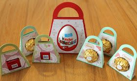 Hallo meine Lieben,   heute zeige ich euch ein Täschchen, das ihr für drei verschiedene Süßigkeiten verwenden könnt. Ihr findet alle drei in...