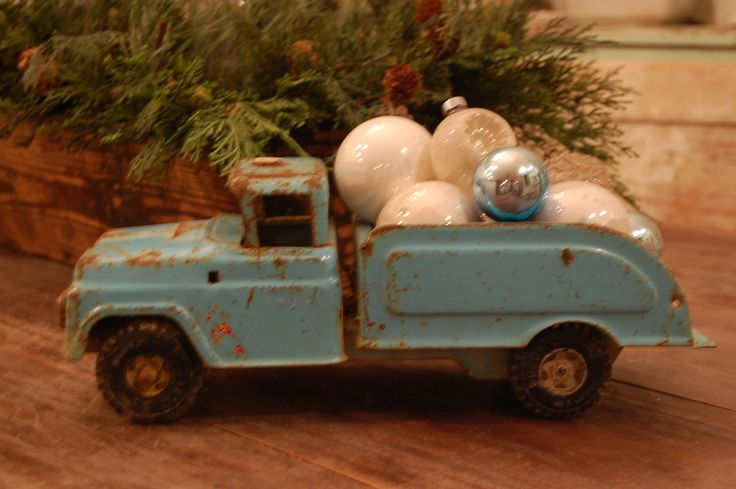 Cute idea to use my dad's or grandpa's old toys to decorate with