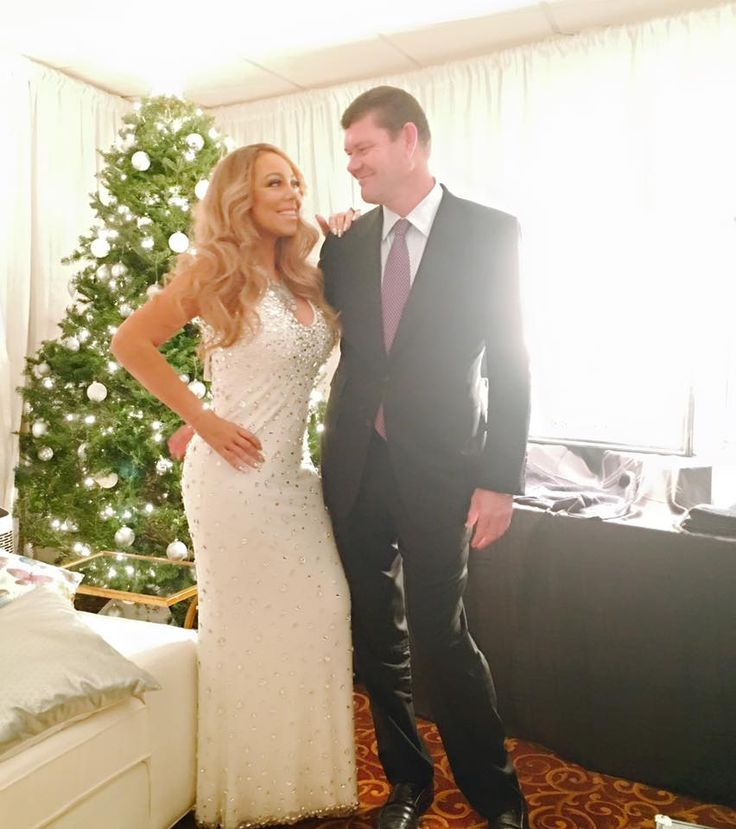 James Packer and his girlfriend Mariah Carey touchdown into Sydney on New Year Day - http://www.movienewsguide.com/james-packer-girlfriend-mariah-carey-touchdown-sydney-new-year-day/137432