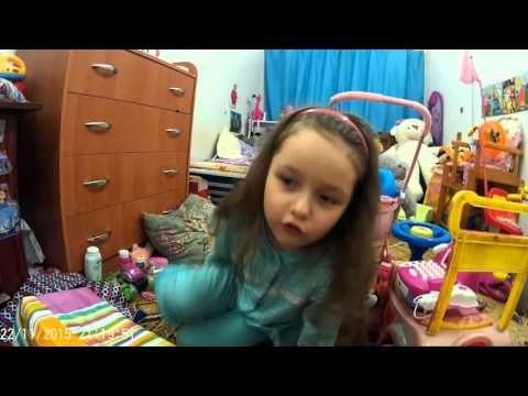 """Девочка Кристина играет с мамой. Детский сериал 1я серия """"Магазин"""""""