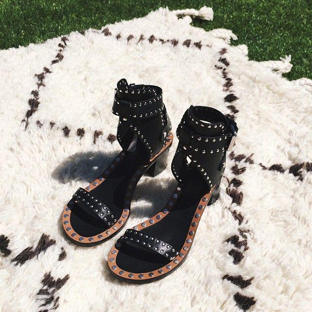 New #isabelmarant sandals just in time for http://www.isabelmarantsneaker.com/15-sandals