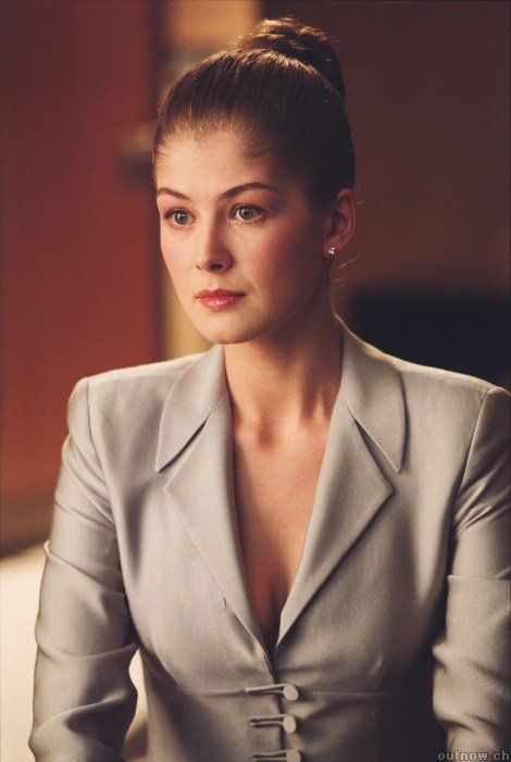 Rosamund Pike (Die Another Day - 2002)