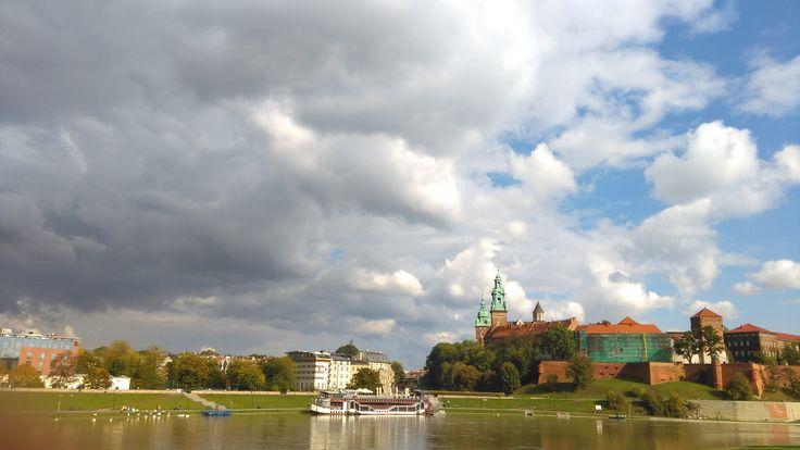 cloudy weather Wawel Castle