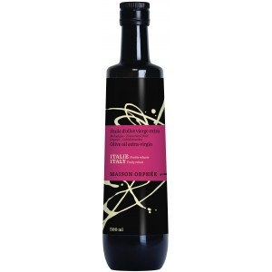 Extra-virgin olive oil fruity robust italie is intense with clean notes of green olives. - Cette huile d'olive vierge extra fruitée robuste italie a une belle intensité et un goût fruité d'olives vertes.
