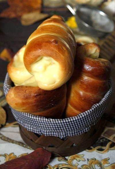 Cone Bread with Custard Filling Recipe