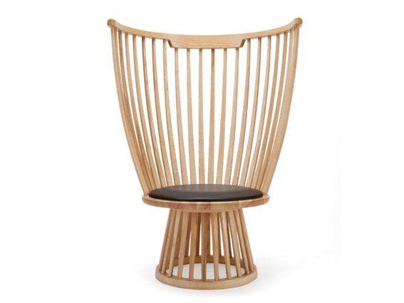 Elegant Fan Chair By Tom Dixon Angelehnt An Den Klassischen Windsor  Stuhl, Der Für  Den