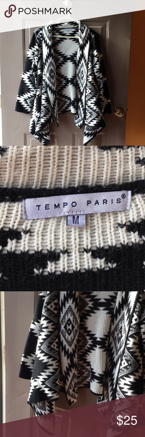 Tempo Paris black and white carnigan sweater Very pretty south western print black and white super soft cardnigan sweater. Does not button or zip. Super thick and comfy. Size medium. Very gently used Tempo Paris Sweaters Cardigans