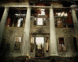 almost gone, front of abandoned plantation house