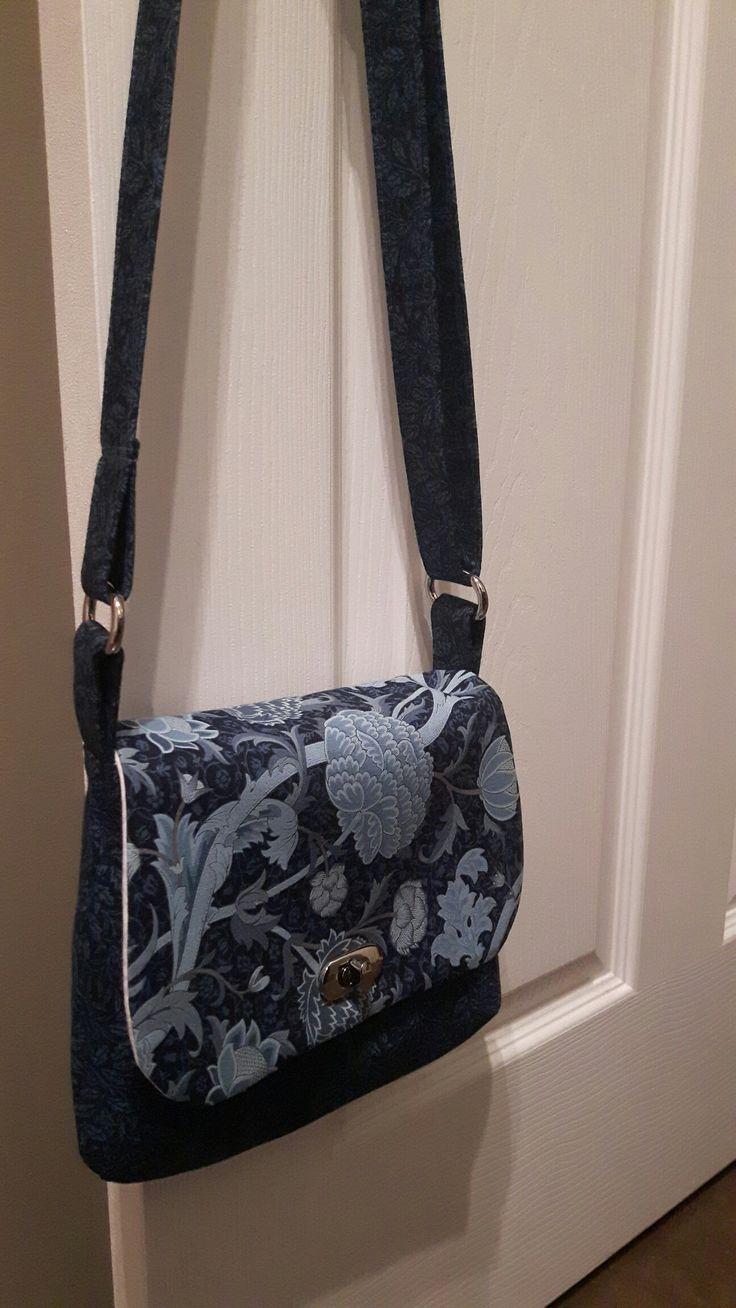 Lilac Mini Messenger bag pattern by Blue Calla. Fabric is William Morris Indigo Cray 1884 for Moda.