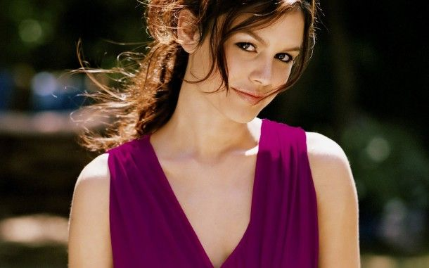 Rachel Sarah Bilson Cute HD Wallpapers. For more cool wallpapers, visit: www.Hdwallpapersbank.com You can download your favorite HD wallpapers here .. It's free