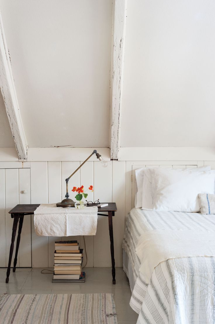 Domestic Dispatches: 7 Secrets for Making the Perfect Bed