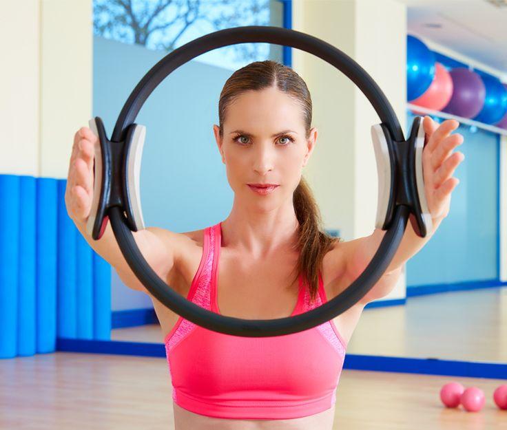 Shape Up #73 Fitness Ring: Το μαγικό δαχτυλίδι! Μήπως κάνεις εδώ και κάποιο καιρό Pilates; Εάν θες να προσθέσεις ποικιλία και να κάνεις ακόμα πιο αποτελεσματικές τις ασκήσεις σου δοκίμασε το fitness ring. (http://gynaikaeveryday.gr/?page=calendar&day=2016-01-19)