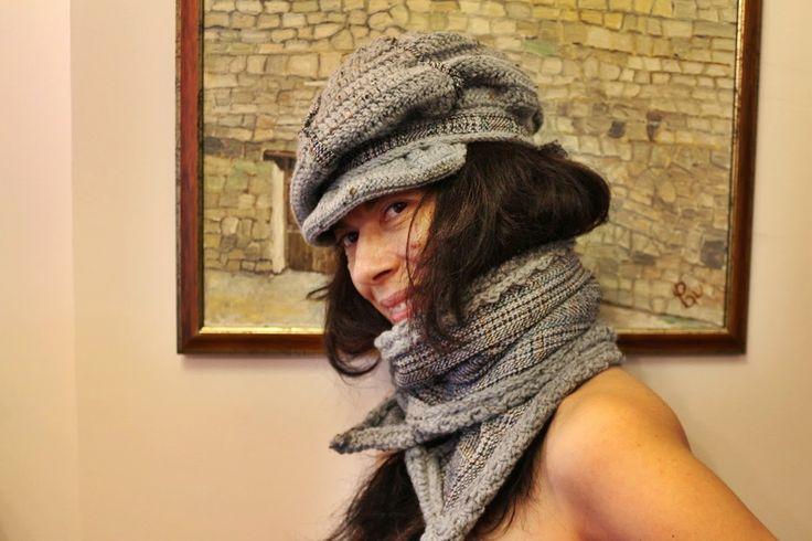uncinetto moda e fantasia:  cappellino e sciarpa in lana, acrilico e cottone