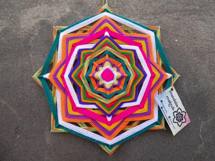 Mandala de 8 puntas 30 cms aprox. DISPONIBLE <3  Valor: $6.000 Si retiras en Einstein o Dorsal: $5.000