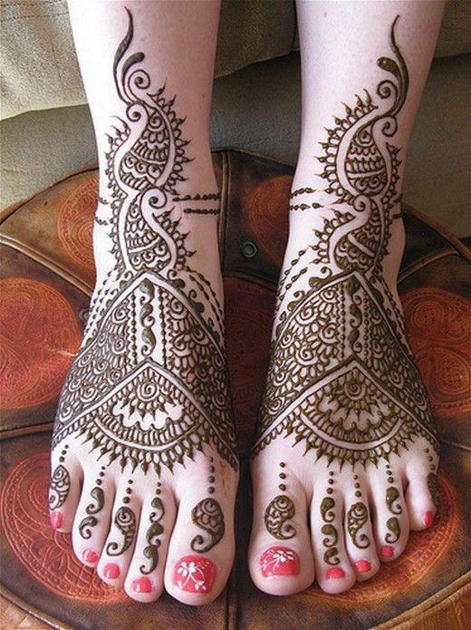 Henna Design: Bridal Feet Henna Design