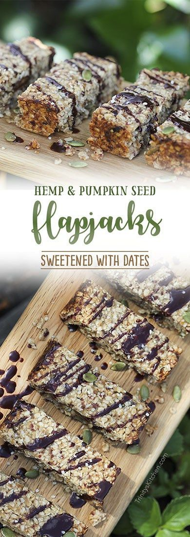 gluten-free vegan flapjack bars with hemp and pumpkin seeds #healthyrecipe #vegan #glutenfree