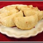 Mini Hand Held Fruit Pies Recipe Uses any fruit pie filling, canned or homemade. Reminds me of those great little pies of yesteryear!