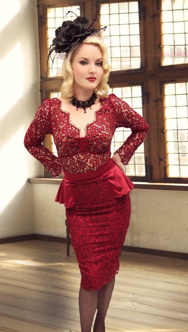 Dolce Vita Lace Ruffle Skirt