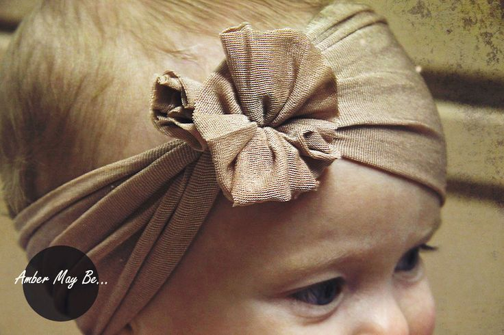 Ridiculously Easy Baby Headband Tutorial.  No sewing, just need pantyhose and scissors.: Diy Baby Headbands, Sewing Baby, Easy Baby, Baby Headbands Tutorials, Ridiculous Easy, Baby Girl, Baby Headband Tutorial, Diy Headbands, Sewing Requir