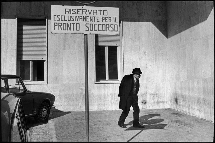 ITALY. Basilicate. Matera. Hospital. 1971 Henri Cartier-Bresson