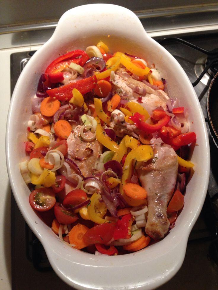 Dušené kuře s vínem a zeleninou