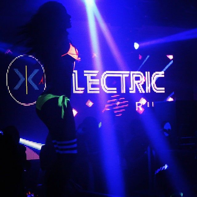 #sutraoc #nightowlguestlist #dj #djlife #edm #edmjunkie #5k #club #clublife #trianglesquare #cannon #music #love #instagood #happy #art  #night #nightout #glowrun #go2triangle #dance #models @c.magazine