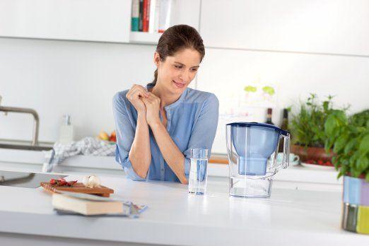 Care este cea mai buna cana pentru filtrarea apei? Afla ce caracteristici are o cana buna pentru filtrarea apei >> Filtrarea apeide la robinet te poate ...