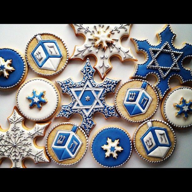 Look at these gorgeous cookies!  Where can we get some??  Hanukkah cookies by Sweetambs. Wow. #Dreideljams,