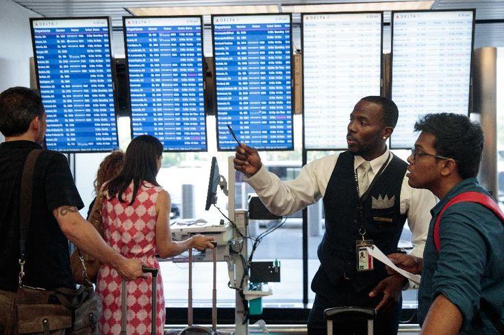 Как сбой в дата-центре может привести к отмене тысяч рейсов крупнейших авиакомпаний    В прошлый понедельник многие интернет-СМИ писали о том, что тысячи авиарейсов второй по размеру и значимости авиакомпании мира были отменены. Речь идет о Delta Air Lines. Тысячи и тысячи пассажиров Delta Air Lines не смогли никуда улететь, поскольку рейсы, на которые они купили билет, просто перестали существовать. Как оказалось, проблема — в сбое компьютерной системы компании. Причем не в региональной, а…