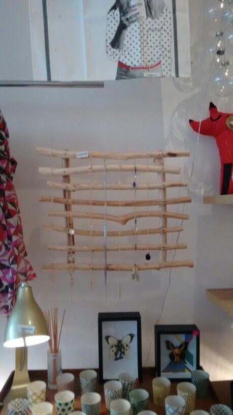 Rami di legno per appendere collane