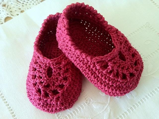 Ravelry: Crochet Italian Loafers/Booties pattern by Maria Bittner