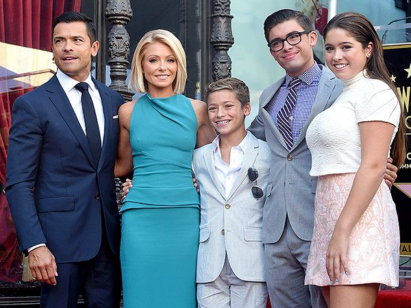 Ripa Lola 2015 12 Things To Know About Kelly Ripa S